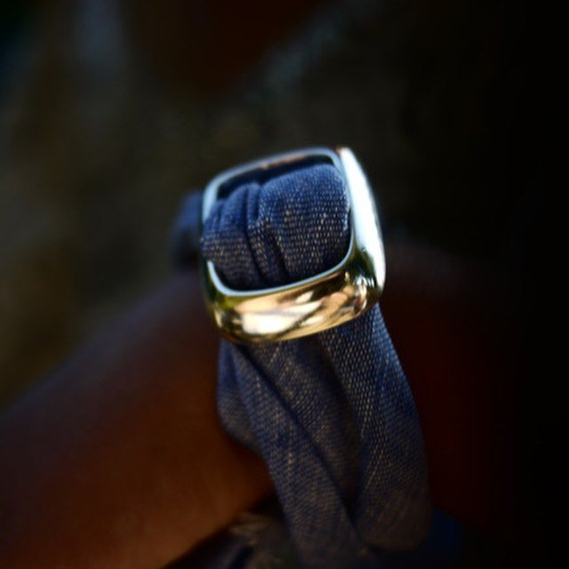 Lolumas 18k jewelry with blue scarf Scandinavian fashion
